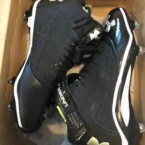 Under Armour cleats men's 13 NEW